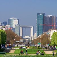 View of Grand Arch at La Défense, Левальлуи-Перре