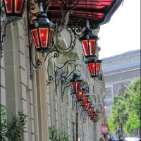 Lanterne Rosse....nel cuore di Parigi / Red Lanterns in the heart of Paris, Левальлуи-Перре
