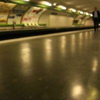 Gare du metro Parisien (Les Sablons), Левальлуи-Перре