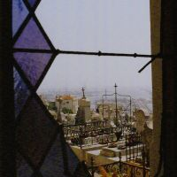 Dans un caveau du cimetière de Sète..., Сет