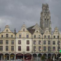 façades flamandes Arras, Аррас