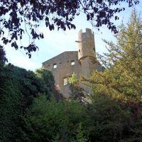 Le château de Châtillon sur Azergues dans le Beaujolais, Виллеурбанн