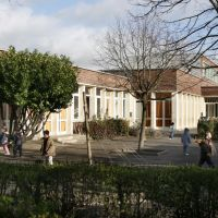 Ecole Henri Sellier Maternelle, Ла-Курнье