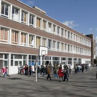 Ecole Noue Caillet élémentaire, Ла-Курнье