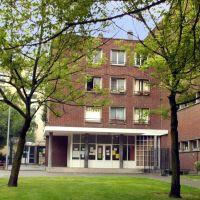 Ecole de la tTerre st Blaise, Ла-Курнье