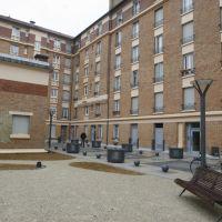 Place Albert Thomas, Ле-Бланк-Меснил