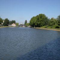 la dernière écluse en amont avant la Seine, Сен-Дени