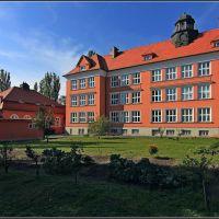 Škola, Карвина