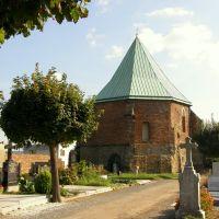 """Opava - """"Švédská kaple"""" ze hřbitova (""""Swedish Chapel"""" from the cemetery), Опава"""