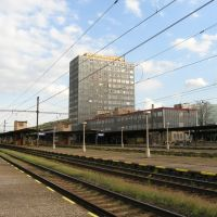 Most (Brüx), new Railway Station, built 1976, view from Platform, Мост