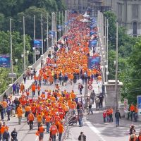 Berne / Euro-2008 / the people from Holland on the way to Stadium, Берн