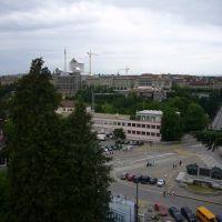 Bern, Sicht auf Kirchenfeldbrücke und Bundeshaus in Renovation, Берн