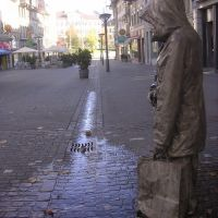 Rue de Romont with crying statue, Фрейбург