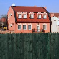 nice big house, Зренянин
