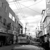 Market Area on a slow Sunday, Кунсан