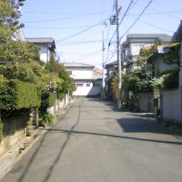 枚方市藤阪元町3丁目の抜け道⑪, Омииа