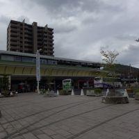 坂出駅 <2013.04>, Сакаиде