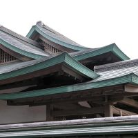 Patinaed copper roofline. Near the Hachimangu Temple, Kamakura., Камакура