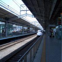 Shinkansen approaching Kyoto station, Киото