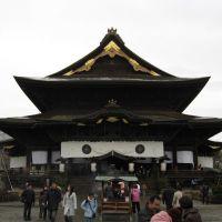 Templo Zenko, Саку