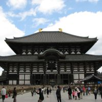 Tōdai-ji temple (the largest wooden temple in the world), Нара
