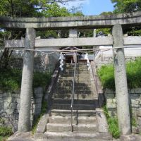 相楽郡精華町北稲八間・武内神社, Хираката