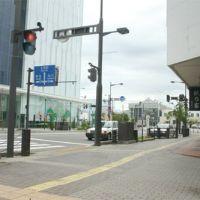 午前8時45分、北1条通り、中央通交差点から北見駅方向, Китами