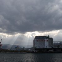 Light opened to Otaru port, Отару