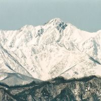 菱形がよく見える五龍岳Goryudake 冬 小川村, Нишиномия