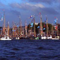 Amsterdam - na kanale w pobliżu muzeum NEMO   -  kp, Амстердам
