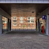 Doorkijkje onder de nieuwbouw aan de Nieuwe Mark in Breda, Бреда