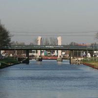 Zicht op het Wilhelminakanaal vanaf Brug Oisterwijksebaan, Тилбург