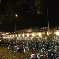 HOLLAND, Tilburg: bikes near railwaystation, Тилбург