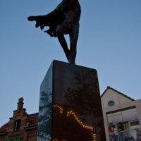Wolkenjager (Saskia J.G. Pfaeltzer), Markt, Helmond, Хелмонд