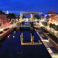 Zuid-Willemsvaart, Helmond, Хелмонд
