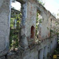 Berias broken school in Sukhumi,  ბერიის სკოლა სოხუმში, Гульрипш