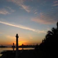 Закат на набережной Сухума - Sunset on Sukhum quay, Сухуми