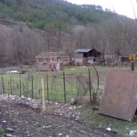 Krikhi, Turas Boseli, Амбролаури