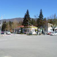 Амбролау́ри (груз. ამბროლაური) — город в Грузии. Административный ценГород Chrebalo (Грузия): тр региона Рача-Лечхуми и Квемо Сванети и Амбролаурского района, Амбролаури