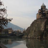 Old Metechi Church overlooking the River Mtkvari, Тбилиси