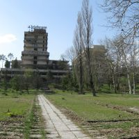 Another ruined sanatorium, Цхалтубо