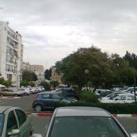 Car parking behind Beit Yatir, Кфар Саба