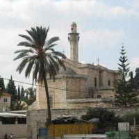 מסגד והכנסיה בלוד, Лод