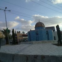 تمثال لقبة الصخرة في أحد الدوارات في مدينة كفر قاسم, Рош-ха-Аин