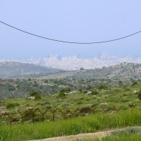 Tel Aviv from Hills of Ariel (16-APR-11), Ариэль