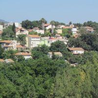 מבט אל גבעת עמל מאזור בית שערים, Кирьят-Тивон
