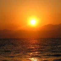כינרת בשעות השקיעה ביום חם, Тверия