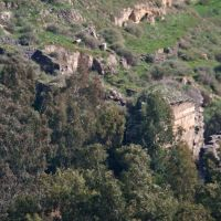 Judean ruins along hiking trail, Gamla, Golan Heights, Кацрин