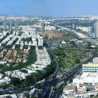 Kind on Tel Aviv from 50-th floor, Гиватаим