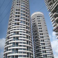 Yoo Towers, Рамат-Хашарон